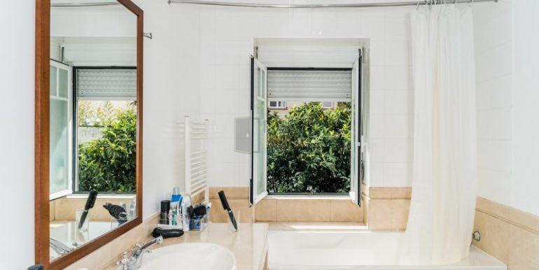 21 Casa de banho a